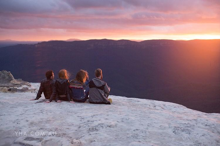 Blue Mountains YHA - Sunset from Kings Tableand